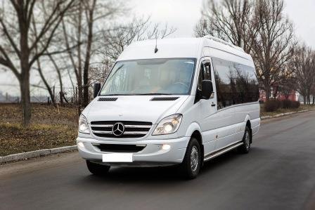 Заказать микроавтобус на 20 пассажиров Днепропетровск. Пассажирские перевозки Днепропетровск, Украина, Россия, Грузия, СНГ, Молдова